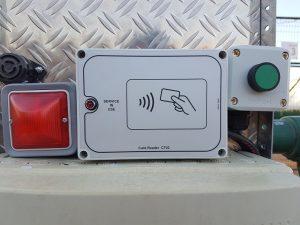 Nouveau système d'éclairage des courts par Badge électronique