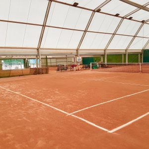 Courts couverts
